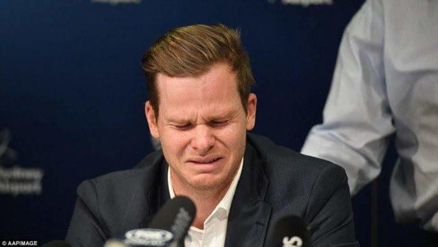 .. और ये कहते हुए रो पड़े स्मिथ : बॉल टेंपरिंग मामला